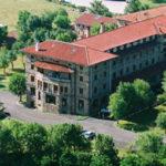 Balneario de Corconte junto al Pantano del Ebro