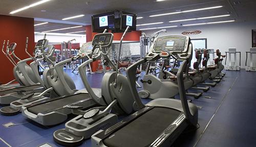spa mercedes gimnasio aparatos